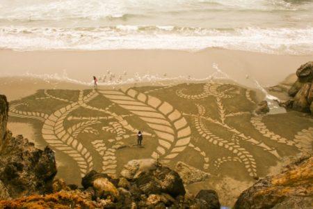 disegni-astratti-su-sabbia