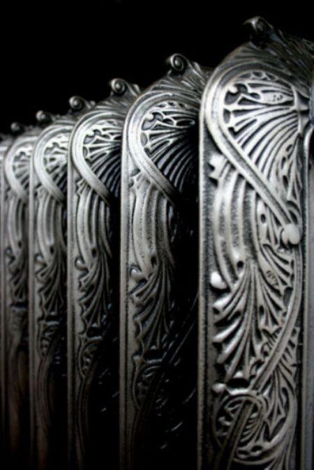 termosifone-antico-color-argento
