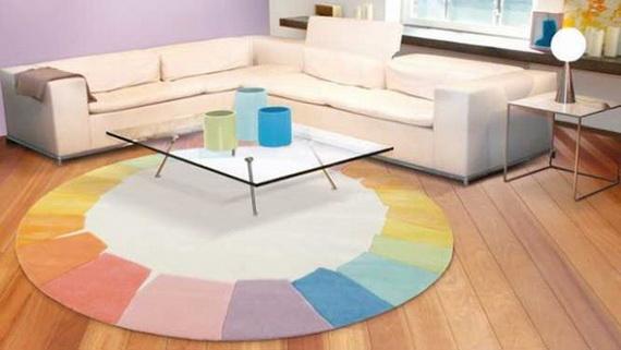 Colorare gli ambienti con tappeti primaverili