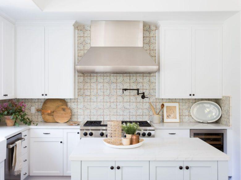 abbinamenti-colore-cucina-classica-bianca-6