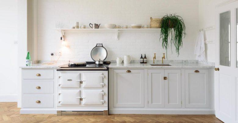 abbinamenti-colore-cucina-classica-bianca