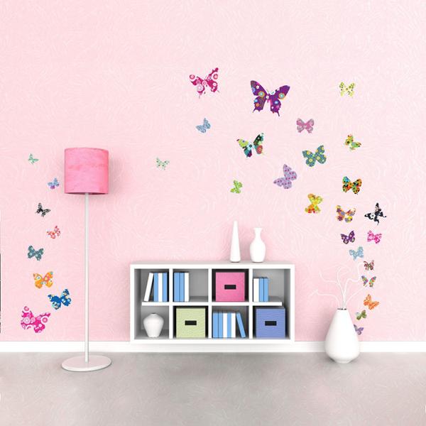 Farfalle adesive per decorare le pareti della cameretta