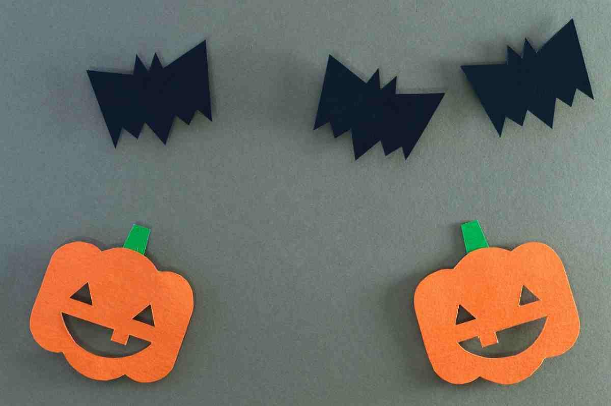 Decorazioni per Halloween con la carta