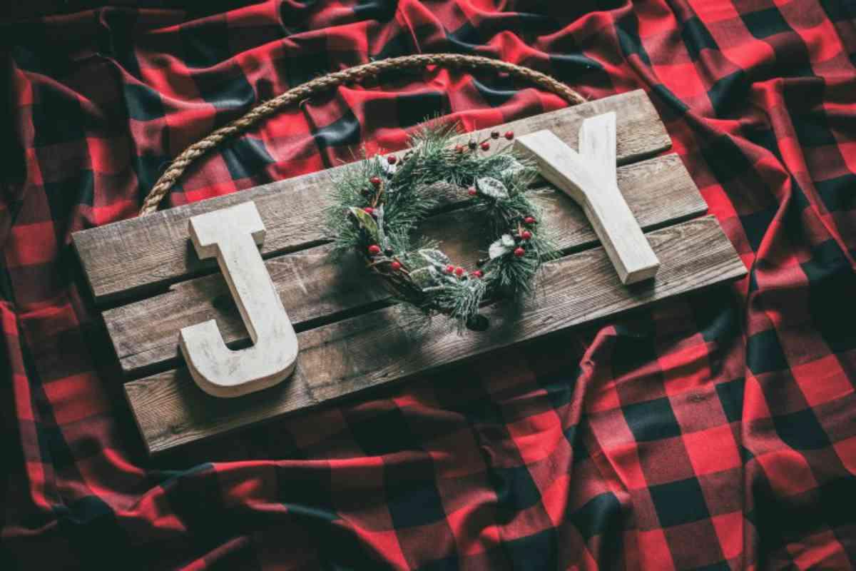 Riciclare il pallet per decorazioni natalizie 12
