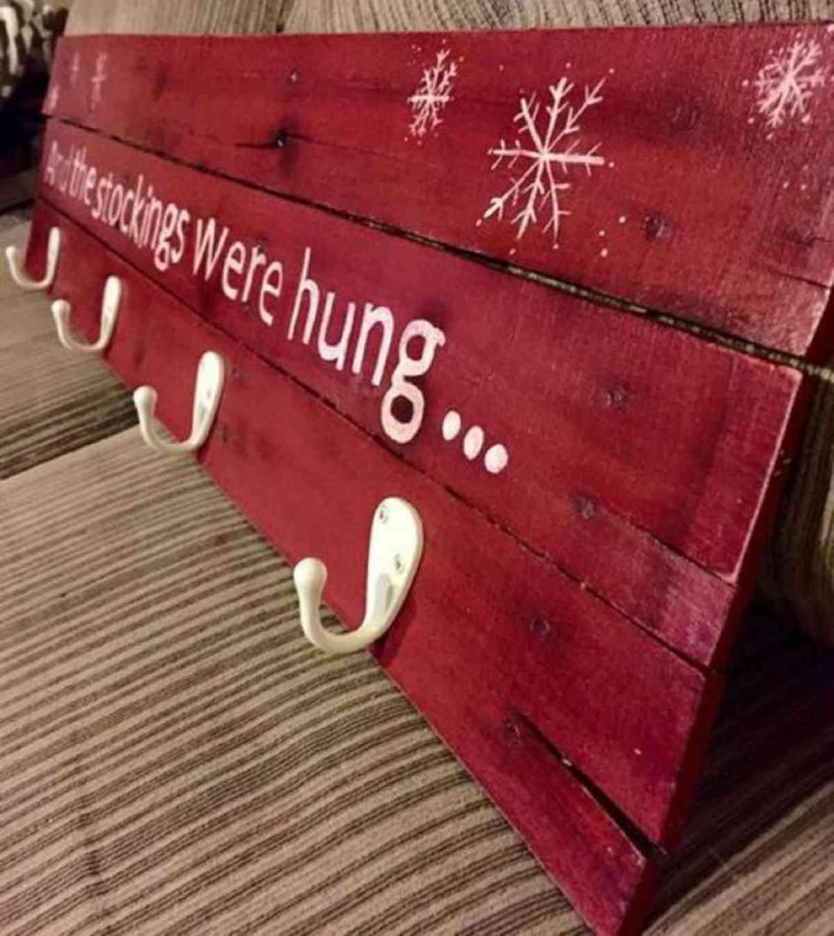 Riciclare il pallet per decorazioni natalizie 4