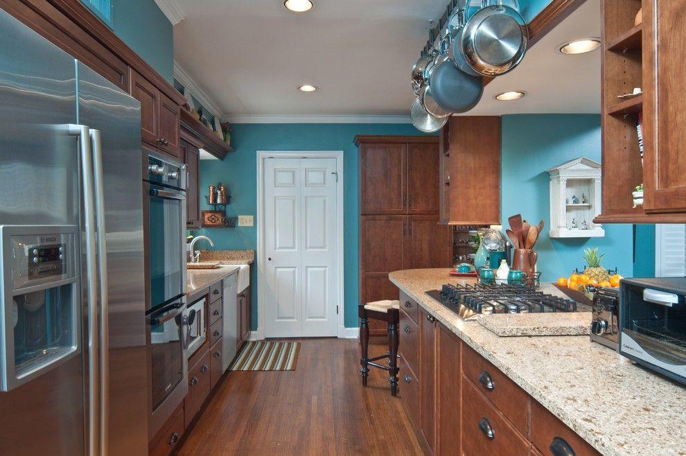 Colori ideali per le pareti per i mobili in color ciliegio