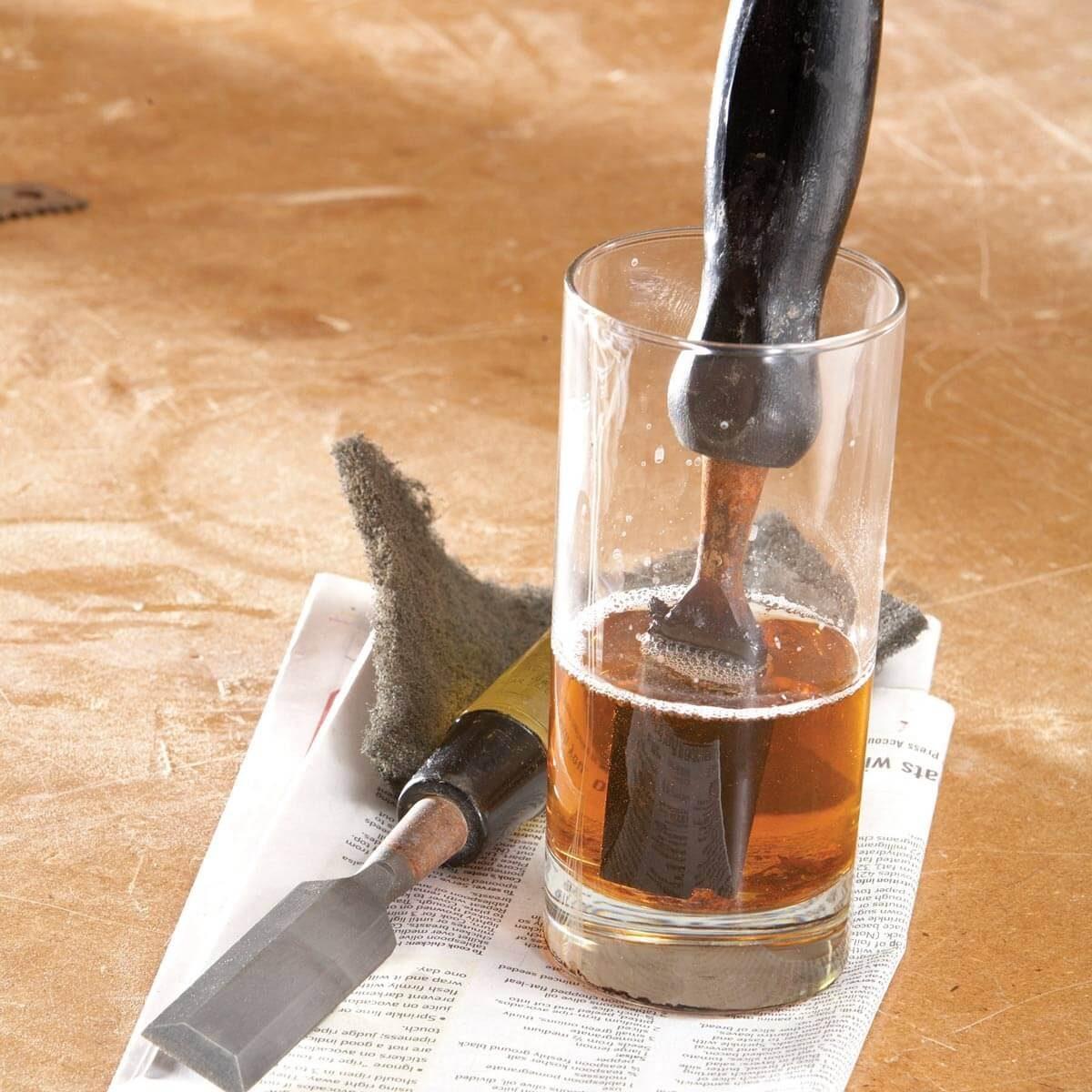 pulire-infissi-in-legno-14