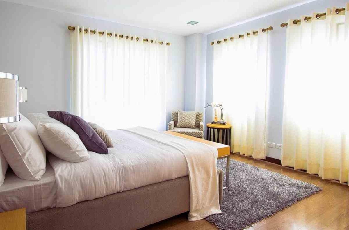 Come scegliere le tende per la camera da letto