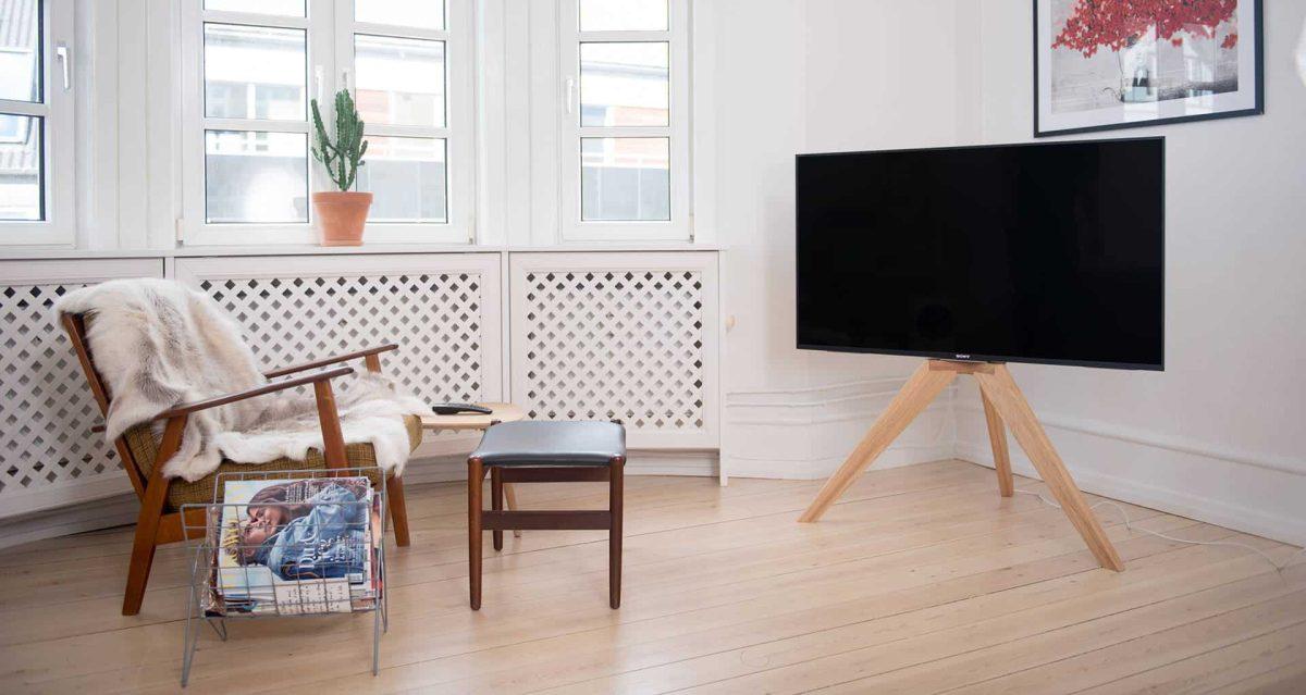 10 mobili fai da te per sistemare la TV