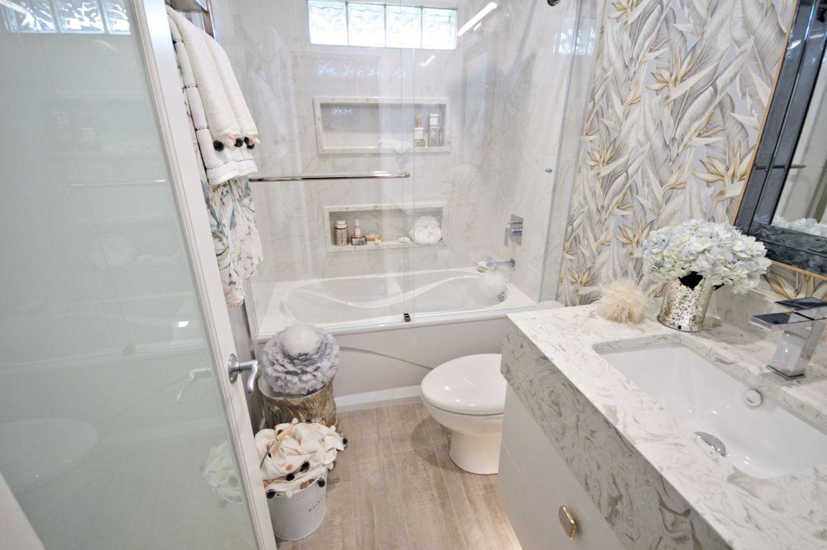 Abbellire un bagno vecchio: 10 idee originali e semplici
