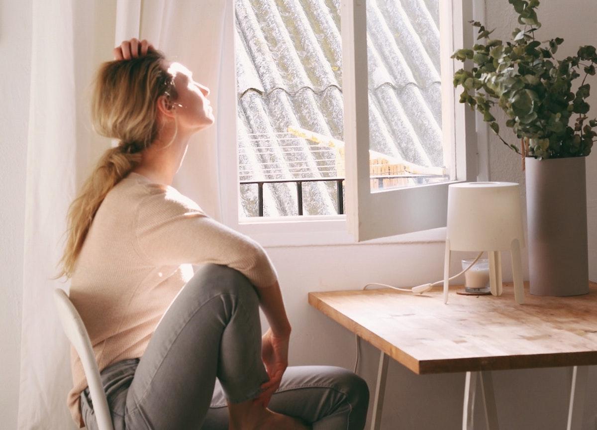 Come eliminare l'odore di sudore dagli ambienti: i rimedi più efficaci