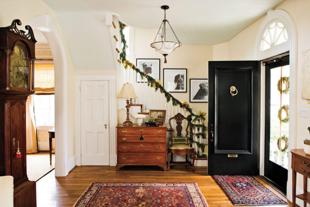 Decorare l'ingresso di casa per Natale: alcune idee