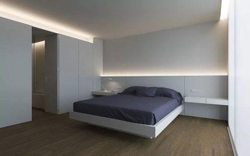 7-idee-per-illuminare-la-camera-da-letto-10