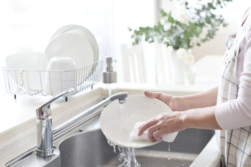cosa-non-fare-prima-di-usare-la-lavastoviglie-04