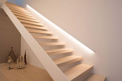 illuminazione-scale-interne-10-idee-originali-04