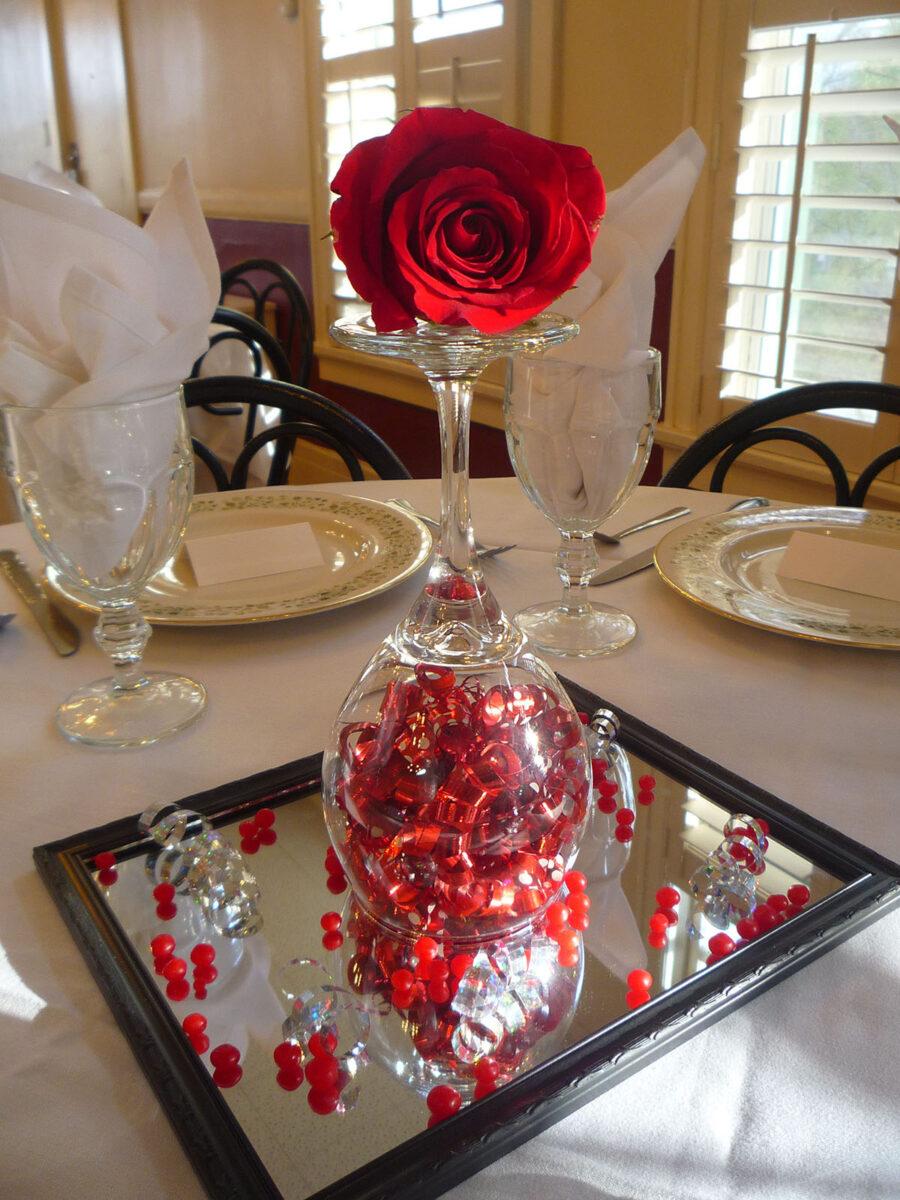 10-idee-per-rendere-unica-la-tavola-di-san-valentino 2