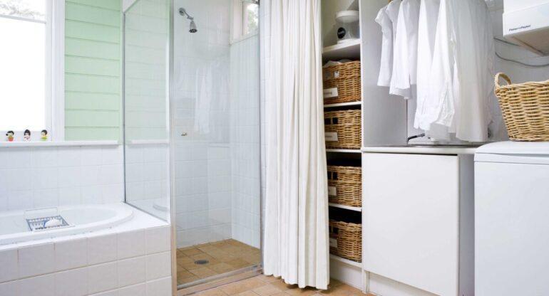 come-arredare-bagno-rettangolare-doccia-lavatrice-02