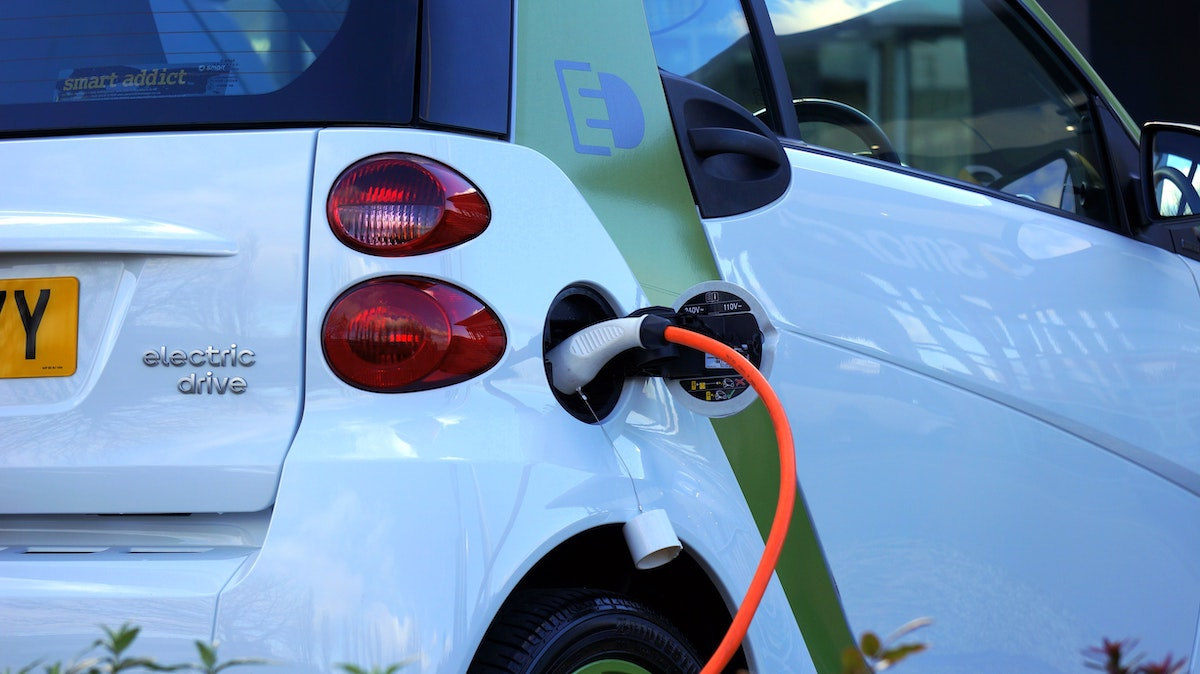 Cosa sapere per realizzare le colonnine di ricarica elettrica sfruttando Ecobonus 110%