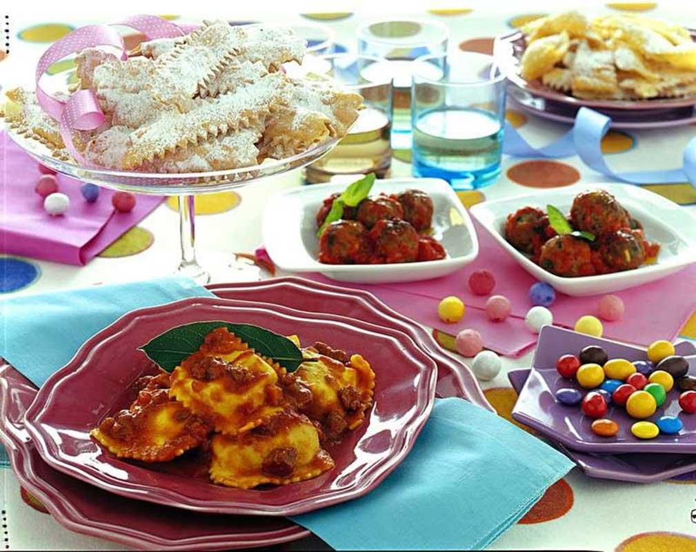 10-idee-abbellire-tavola-carnevale 13