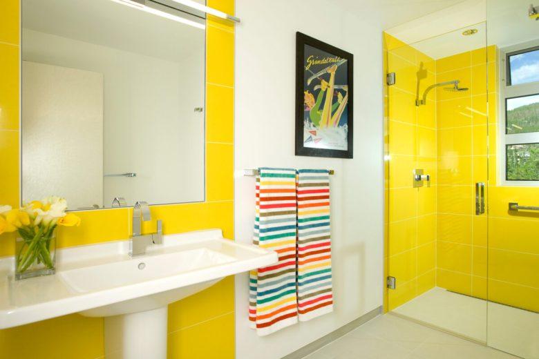 10-idee-e-foto-di-giallo-in-bagno-01