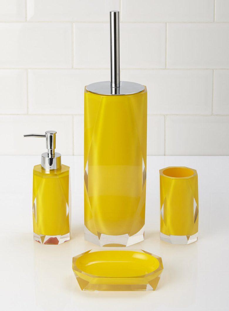 10-idee-e-foto-di-giallo-in-bagno-11