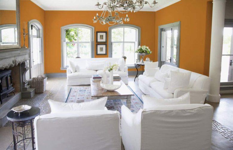 20-idee-e-foto-di-un-soggiorno-in-arancione-03