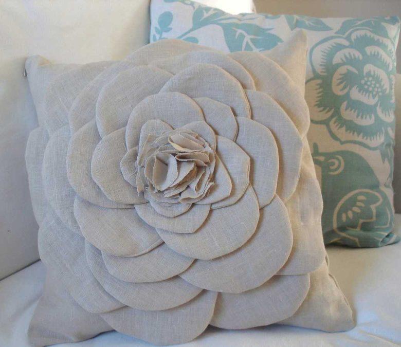 10-idee-e-foto-di-cuscini-riciclati-12