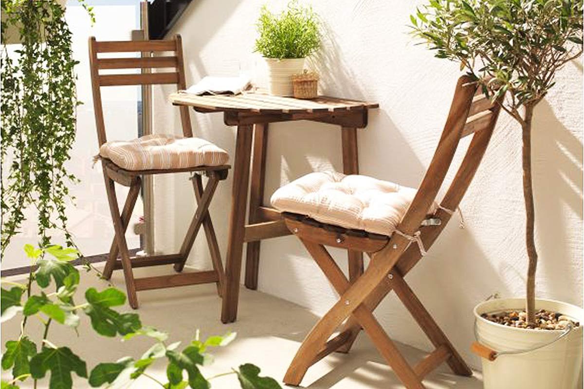 10-idee-e-foto-di-tavoli-per-balcone-11