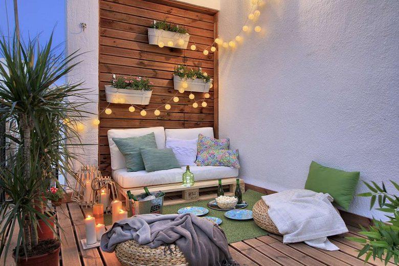 10-idee-e-foto-per-abbellire-il-balcone-in-estate-02