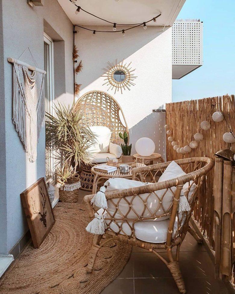 10-idee-e-foto-per-abbellire-il-balcone-in-estate-03