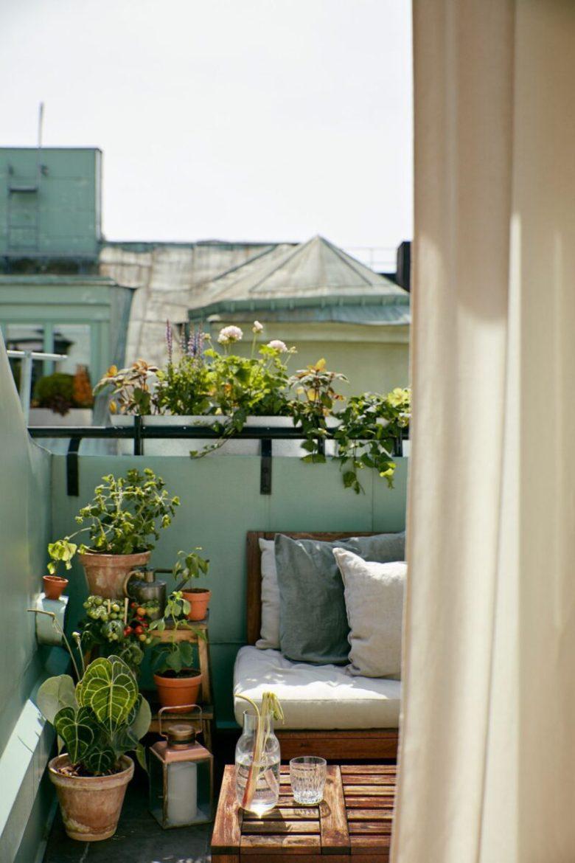 10-idee-e-foto-per-abbellire-il-balcone-in-estate-07