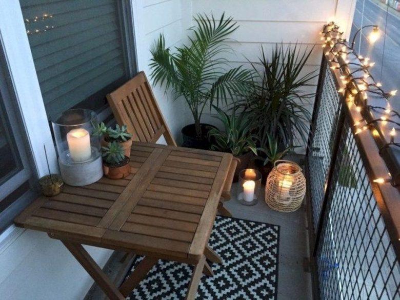 10-idee-e-foto-per-abbellire-il-balcone-in-estate-10