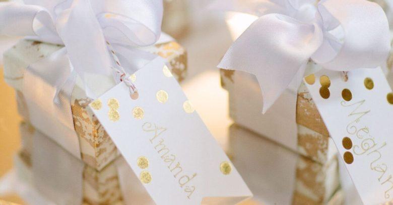 10-idee-e-foto-per-creare-un-pacchetto-regalo-02