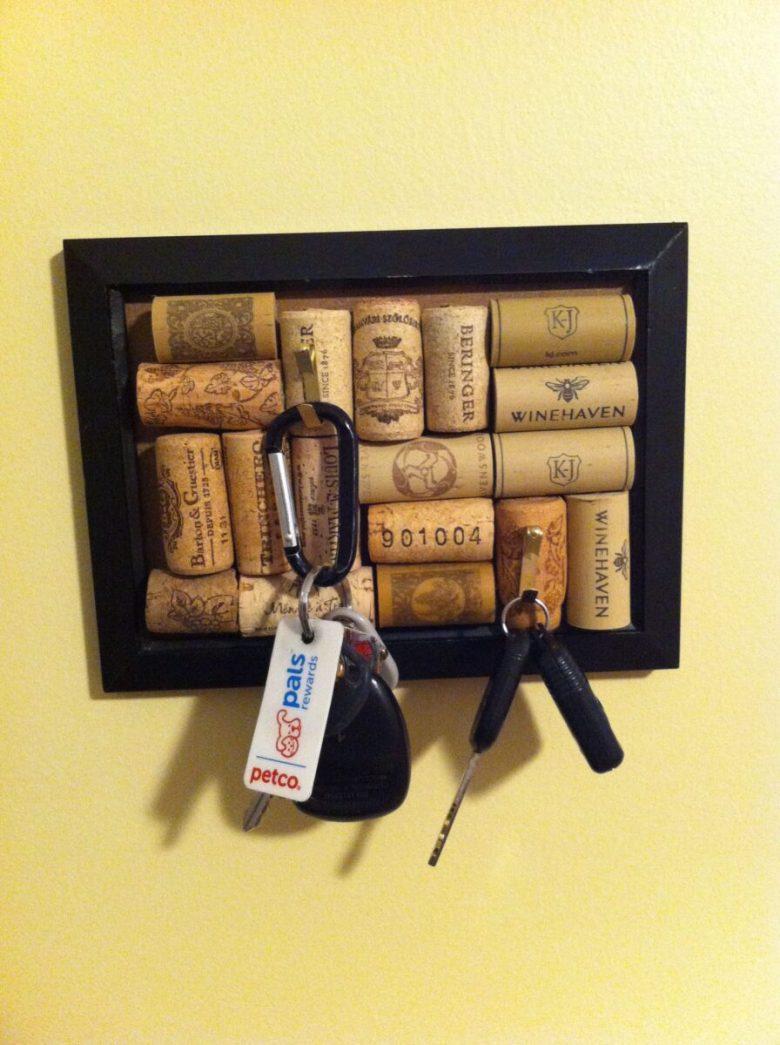 10-idee-e-foto-per-creare-una-bacheca-chiavi-11