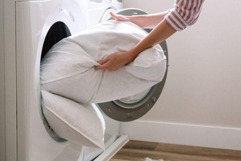 Manutenzione-cuscini-come-fare-pulizia-igiene-profonda-5