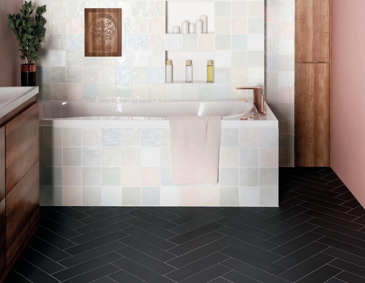 pavimento-nero-bagno