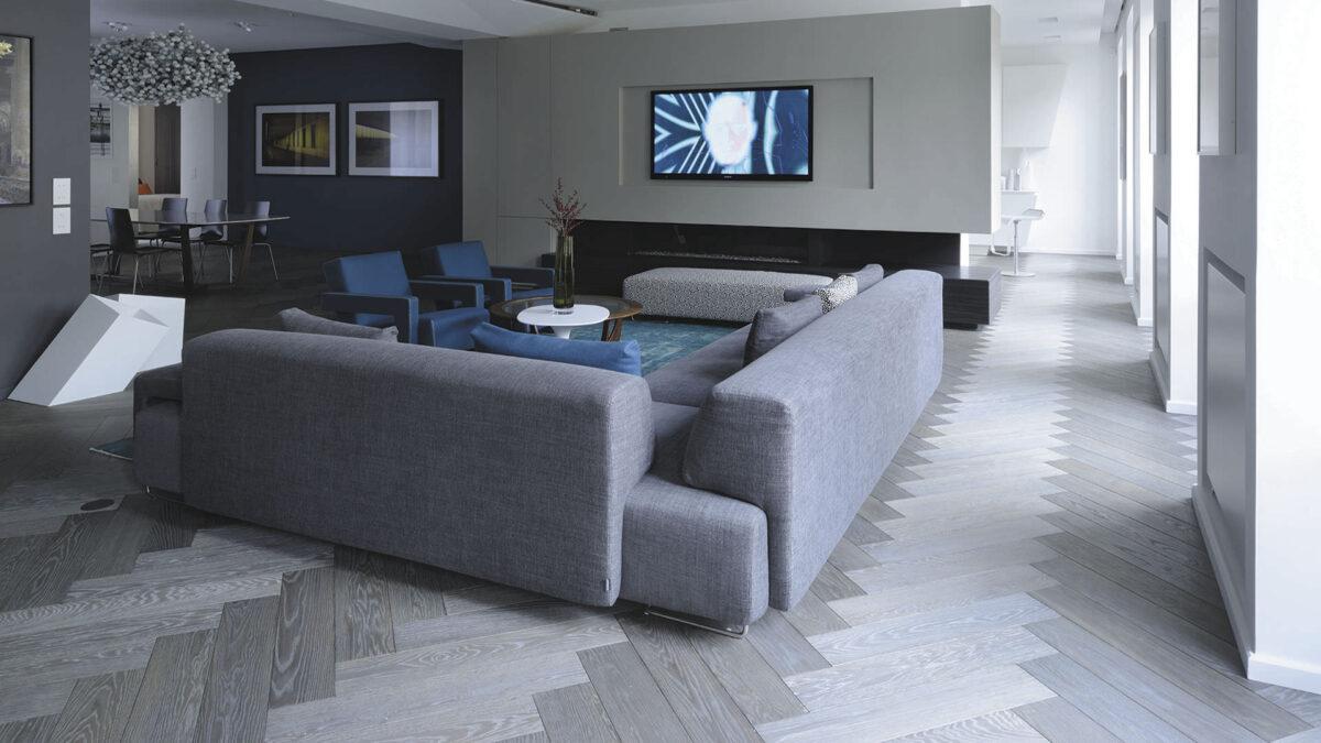 Oak wooden flooring / engineered / FSC