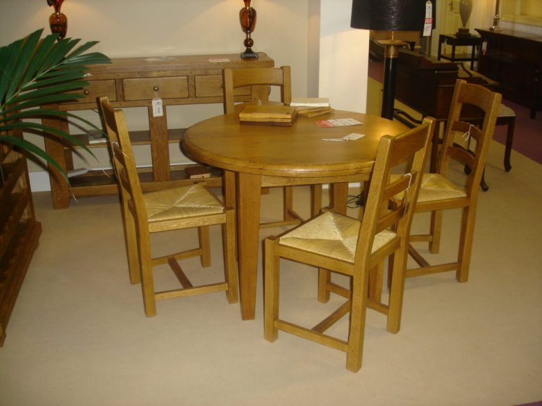 10-idee-e-foto-di-sedie-per-la-cucina-in-stile-vintage-04
