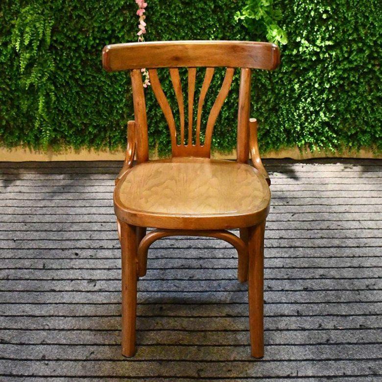 10-idee-e-foto-di-sedie-per-la-cucina-in-stile-vintage-08