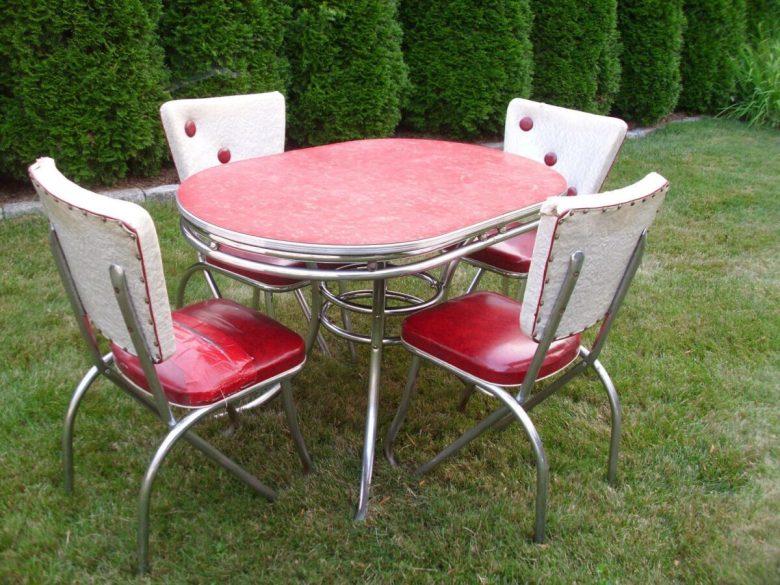 10-idee-e-foto-di-sedie-per-la-cucina-in-stile-vintage-12