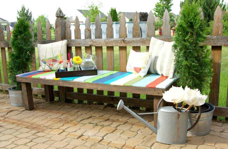 abbellire-la-panca-del-giardino-10-idee-e-foto-01