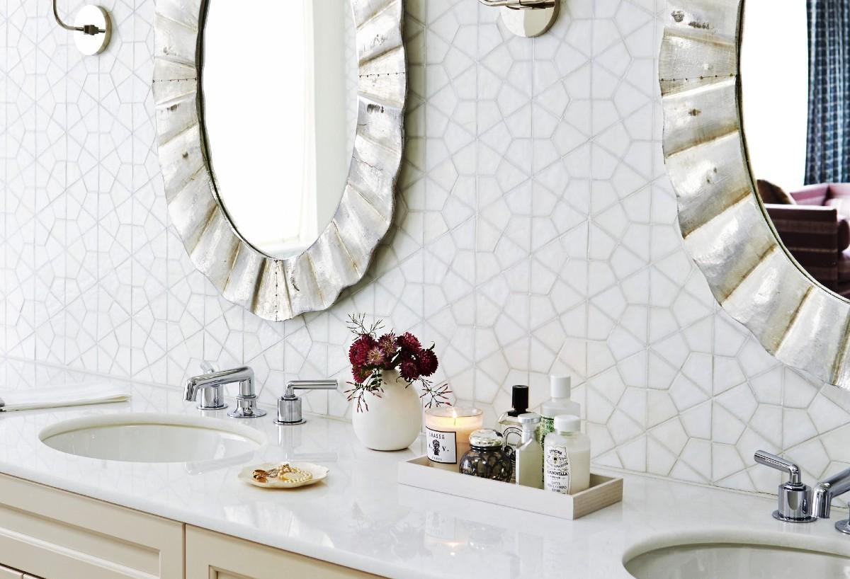 10 decorazioni low cost per il bagno: idee e foto
