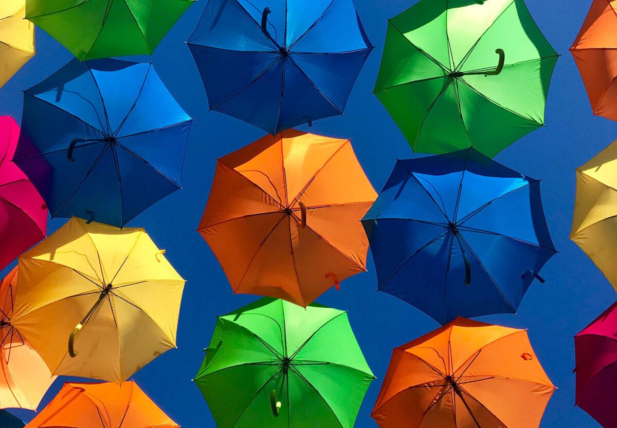 10 foto e idee per riciclare un vecchio ombrello