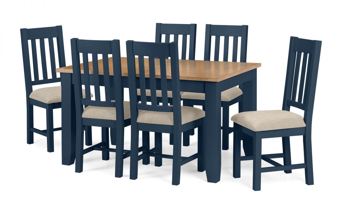 sedie-color-blu-per-la-cucina-in-legno