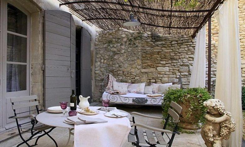abbellire-il-giardino-in-stile-provenzale-10-idee-e-foto-01