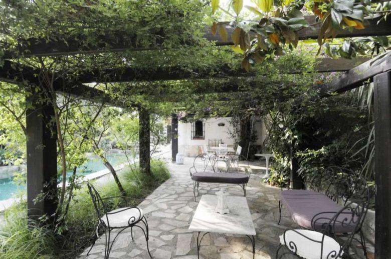 abbellire-il-giardino-in-stile-provenzale-10-idee-e-foto-06