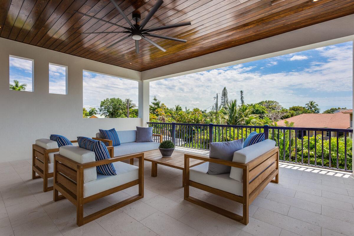 Arredare il balcone in stile coastal: 10 idee e foto