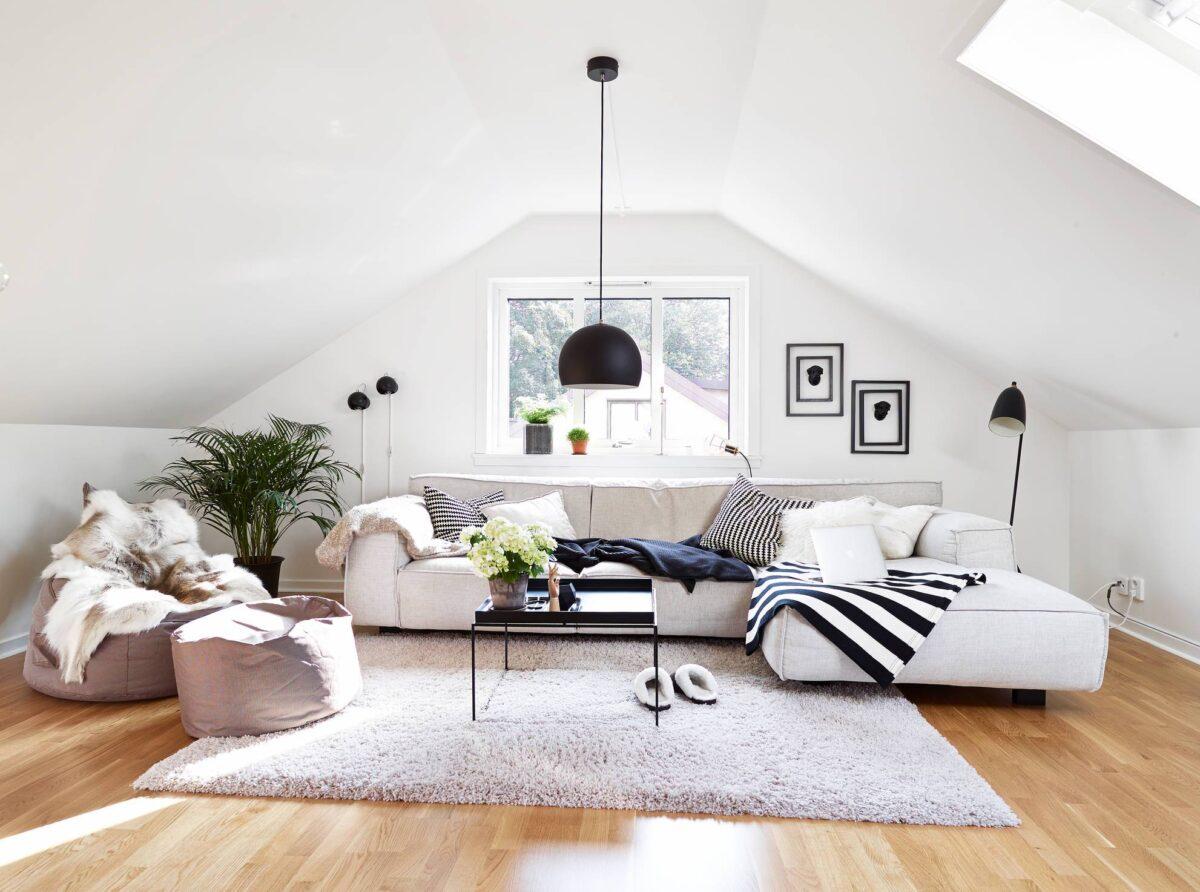 Arredare il soggiorno della mansarda: 10 idee e foto