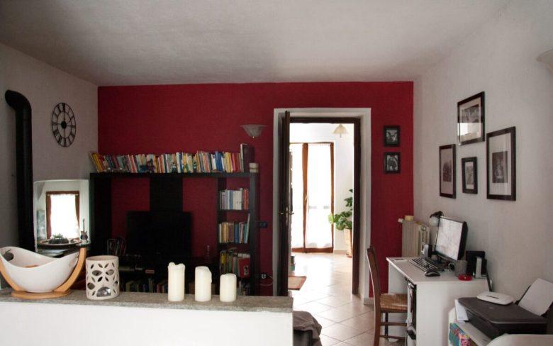 pareti-soggiorno-color-bordeaux-10-idee-e-foto-02