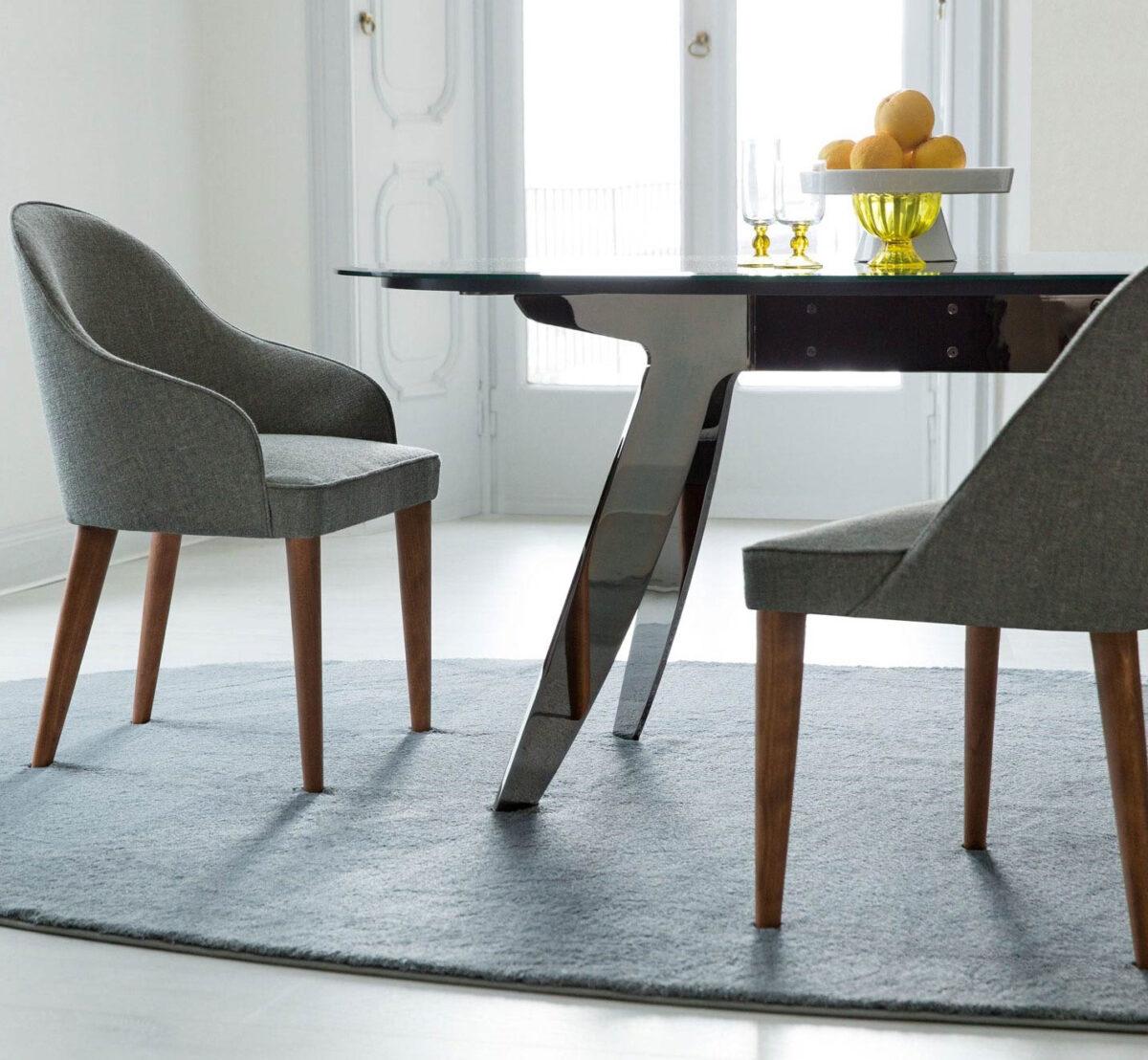 Sedie per la sala da pranzo moderna